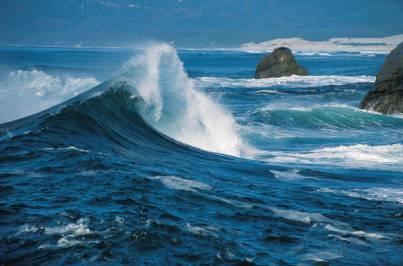 ocean waves with rocks